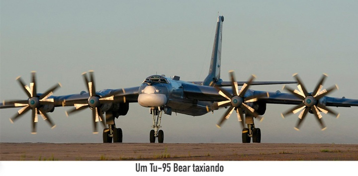 $01-Tu-95-Bear-taxiando-D