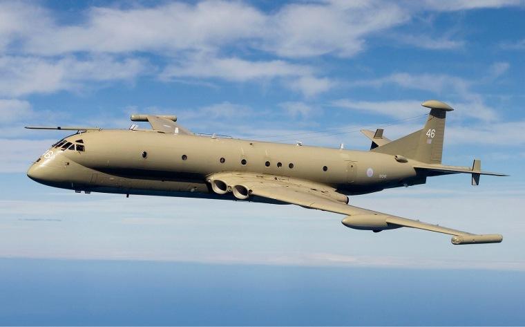 04-RAF_Hawker_Siddeley_Nimrod_MR2P_(801)_Lofting-1