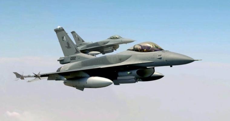 AA Block 52 F-16