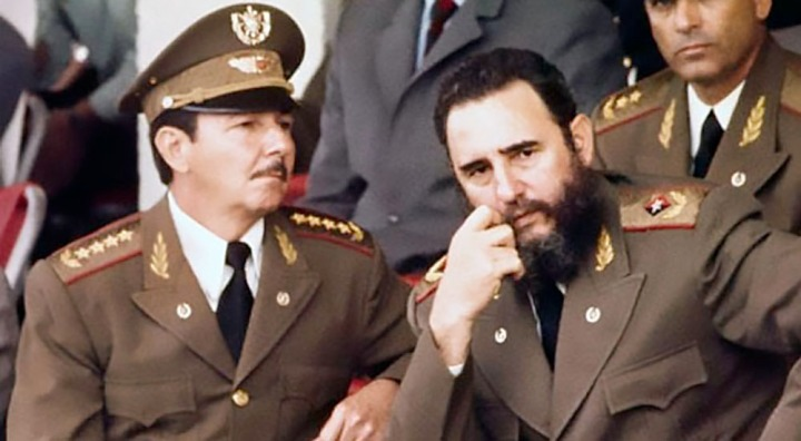 Fidel and Raul Castro 1977