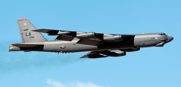 2d_Bomb_Wing_-_Boeing_B-52H-175-BW_Stratofortress_61-0036