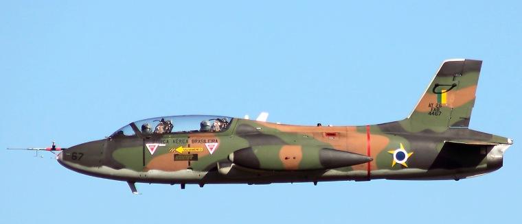 Brazilian_Air_Force_Embraer_AT-26_Xavante_(EMB-326GC)_RSC