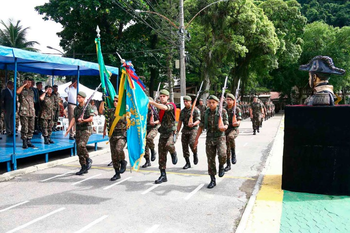 02-Desfile da tropa