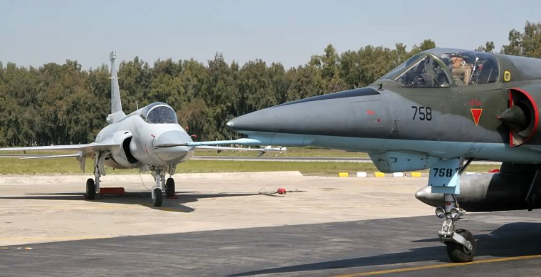 JF-17_background_Mirage_5_ROSE_foreground