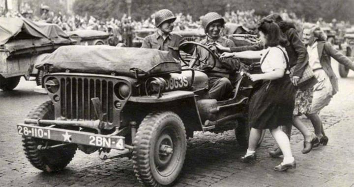 Jeep-Paris