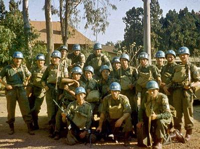 Em 1961, irlandeses da força de paz da ONU foram cercados em Jadotville, no Congo, e resistiram cinco dias a uma força vinte vezes superior.