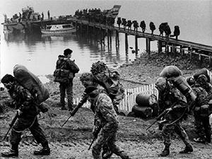 17-History-War in the Falklands.jpg