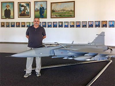 Veja fotos da visita e a estrutura da palestra realizada pelo editor do Blog Velho General na Academia da Força Aérea.